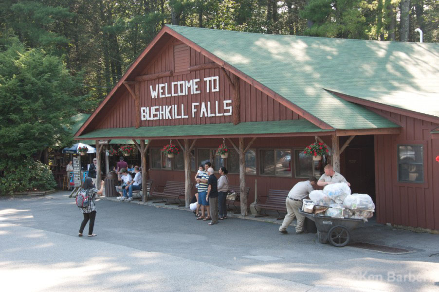 bushkill personals The pocono mountains is a defined area encompassing portions of carbon, monroe, pike, and southern wayne counties of pennsylvania in total, the poconos encompasses over 2,500 square miles (6,500 km 2 .